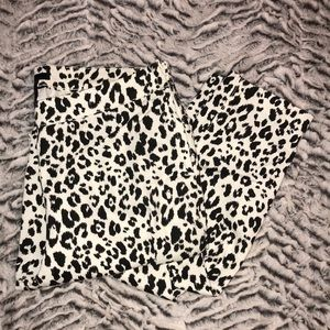 Black and white print trousers
